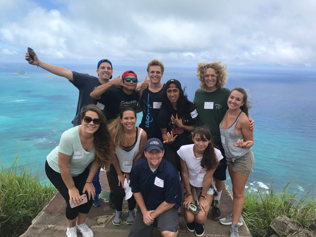 outback steakhouse hawaii kai teambuilding event